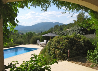 Porvincial Villa with 1,4 ha, wineyard and spectacular view