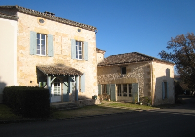 Maison de village avec 2 appartements