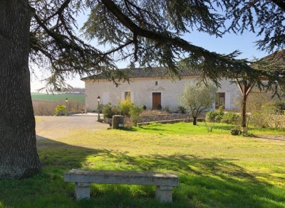 Charming property with 8 ha